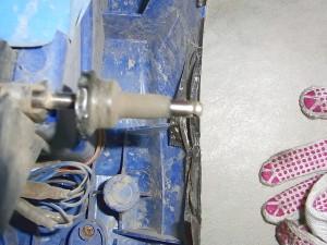 タイヤの破片04
