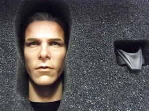 ブルース・ウェインのヘッド。肌色や、リアルな造形。