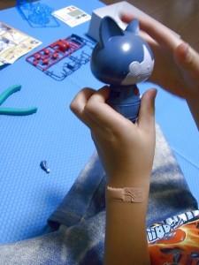 ロボニャンの手と胴体の組み立て01