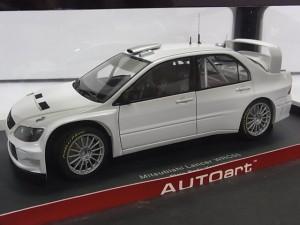 オートアート 1/18 ランエボ WRC05