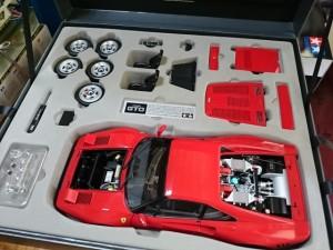TAMIYA 1:12 フェラーリ 288 GTO セミアッセンブルモデル 他 ミニカーをお譲り頂きました。