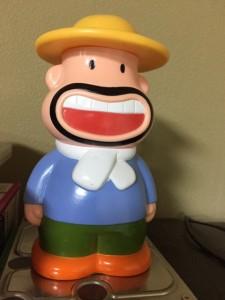 おらが村の カールおじさんの人形です。