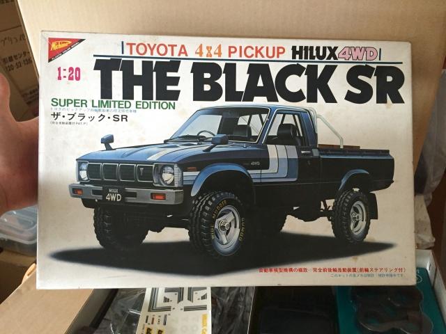 ニチモ 1/20 トヨタ 4×4 ピックアップ ハイラックス ザ・ブラック SR