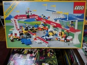 レゴ 6395  VICTORY LAP RACEWAY  1988