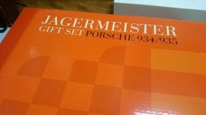 エグゾト 1/18 ポルシェ 934 / 935 ギフトセット イエガーマイスター   ミニカー買取りしています。是非お売りください。