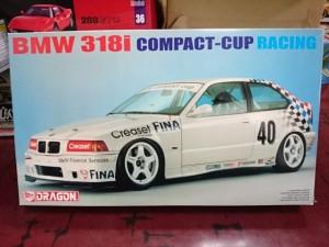 ドラゴン DRAGON 1/24 BMW 318 i COMPACT-CUP レーシング
