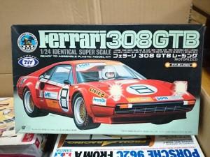 マルイ  1/24  フェラーリ 308 GTB レーシング