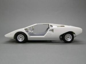 フジミ模型 1/24 エンスージアストモデル ランボルギーニ・カウンタック 製作指南 足回り調整 後