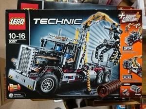 レゴ テクニック 9397 ログトラック