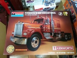 モノグラム 1/16 ケンワース W-900 コンベンショナル