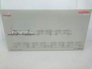 神奈川県横浜市より、メルクリン HOゲージ車両セットをお譲り頂きました。