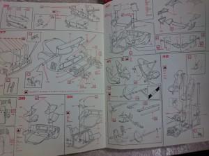 ポケール 1/8 フェラーリ F40 リバロッシ  組立 説明書1