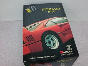 ポケール 1/8 フェラーリ F40 リバロッシ パッケージ