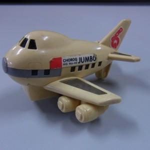 飛行機のチョロQジャンボ