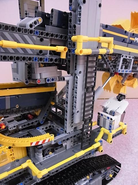 レゴ テクニック バケット掘削機 4
