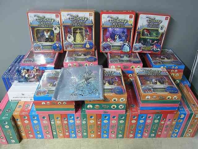 デアゴスティーニ 週刊ディズニードリームシアター 全100巻 特典付きで新潟県上越市から宅配にてお売りいただきました