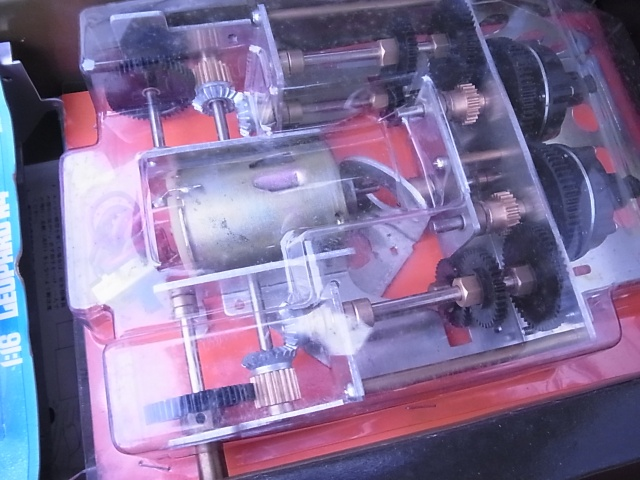 1/16 RCタンク レオパルドA4戦車 モーター