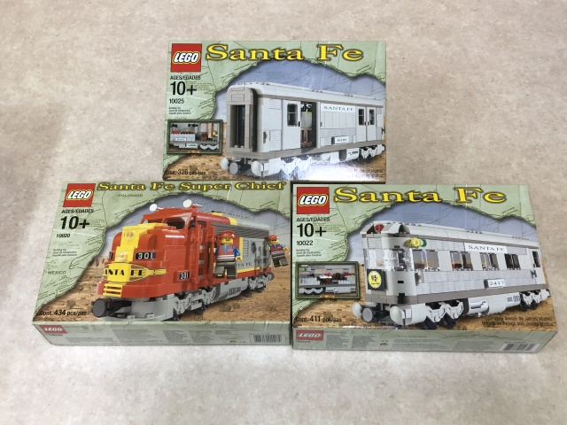 LEGOサンタフェトレイン3種を埼玉県入間市より宅配でお譲りいただきました