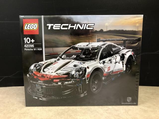 LEGO TECHNIC『Porsche 911 RSR』(42096)