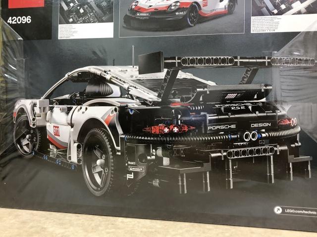 LEGO TECHNIC『Porsche 911 RSR』(42096) 2
