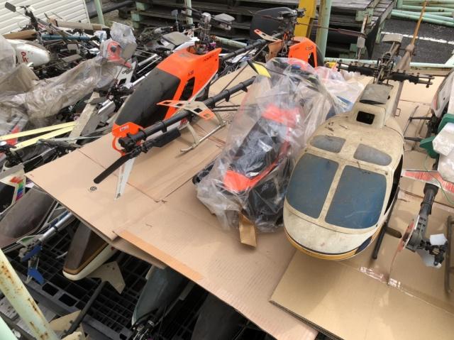 ラジコンヘリコプター数機の写真3枚目