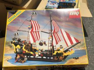 レゴ 南海の勇者 ダークシャーク号