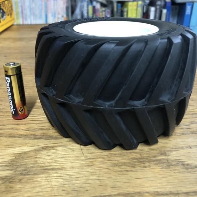 car_crusher_wheel